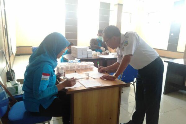 Pemberdayaan Masyarakat Anti Narkoba di Lingkungan Pemerintah (Dinas Perhubungan Kab. Garut) melalui Test Urine