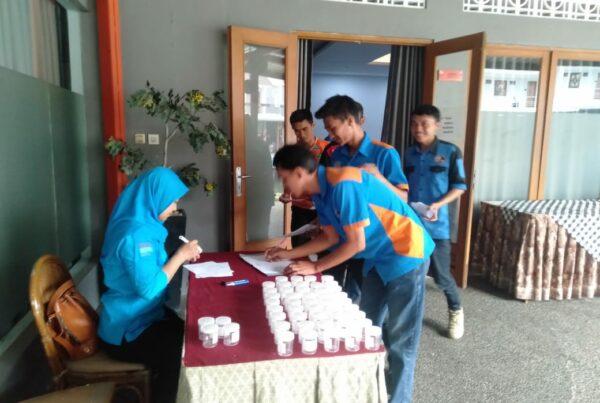 Pemberdayaan Masyarakat Anti Narkoba di Lingkungan Swasta (Manajemen Hotel Sabda Alam Garut) melalui Test Urine